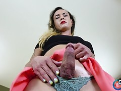 It`s Cumshot Monday on Grooby Girls and this week we see the...