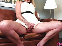 Today we welcome Lusinda Devine to TGirls.XXX! This horny tg...