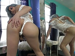 Domino Presley, the superstar and OG Grooby Girl, returns fo...