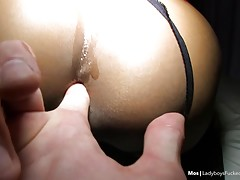 The POV is still horny and Mos wants more! She lays back mis...
